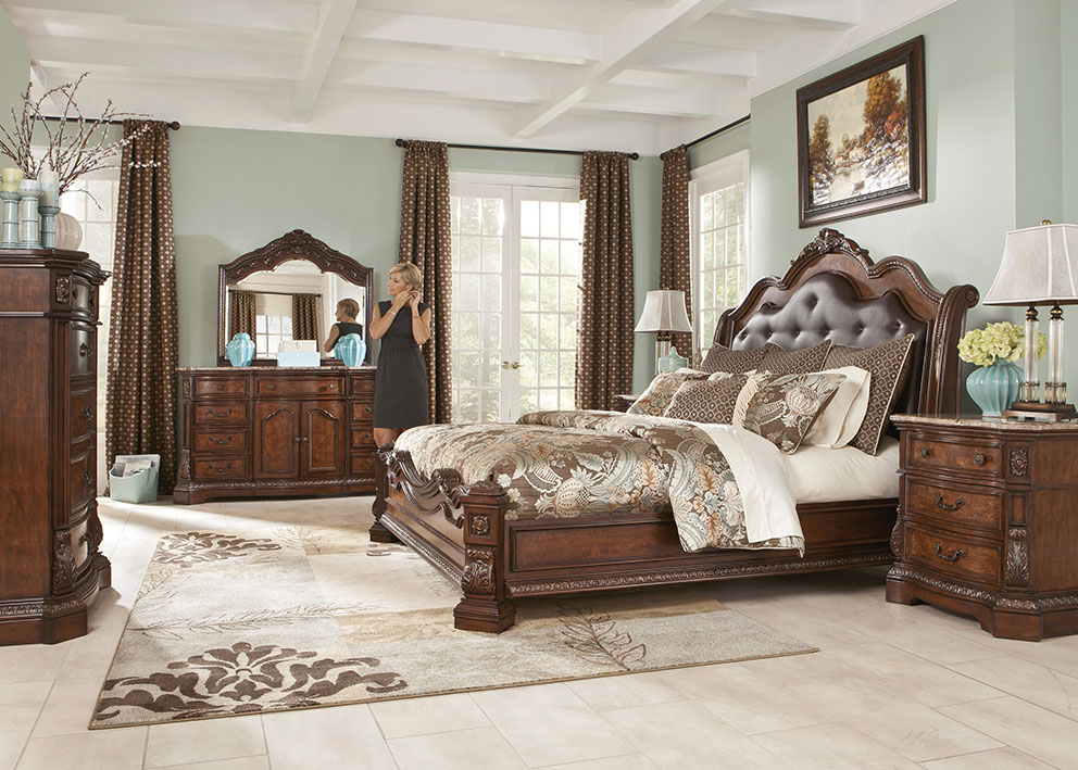 Awesome Ledelle Queen Bed